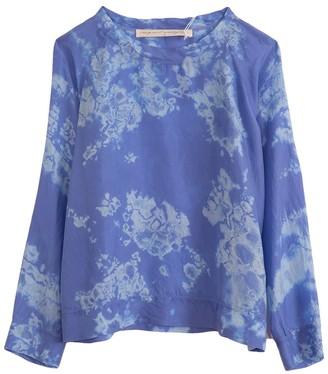 Raquel Allegra Raglan Blouse in Blue Skies Tie Dye