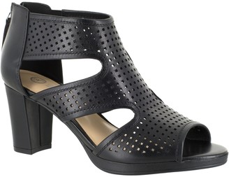 Bella Vita Leather Sandals - Leslie