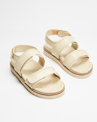 Atmos & Here Atmos&Here - Women's White Flat Sandals - Marcia Leather Sandals - Size 8 at The Iconic