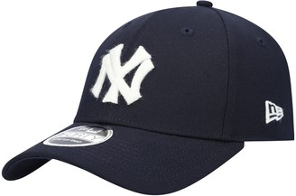 New Era Men's Navy New York Yankees C-Town 9FORTY Snapback Hat