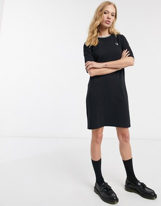 Fred Perry twin tipped pique dress in black