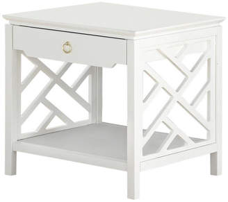 Thomas Laboratories Comfort Pointe White Chippendale-style End Table