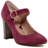 Adrienne Vittadini Goalie Mary Jane Pump