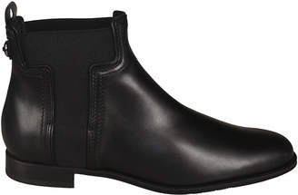Tod's Tods Flat Heel Boots