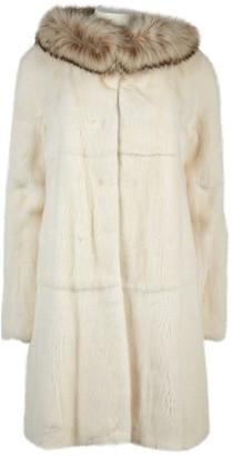 N. Revillon \N White Mink Coats