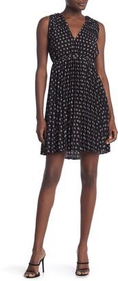 Max Studio Print Sleeveless Pleated Dress