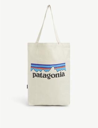 Patagonia Market logo-print organic cotton-canvas tote