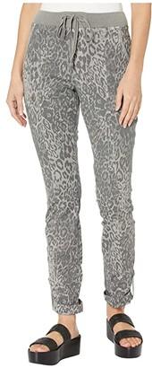 XCVI Leopard Crop Pants in Lynx Printed Poplin (Grey Mist) Women's Casual Pants