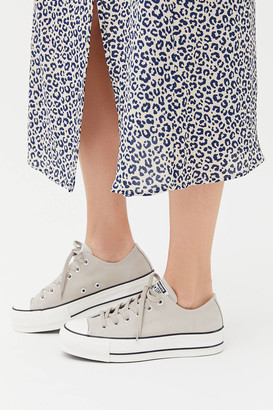 Converse Chuck Taylor All Star Leather Platform Sneaker