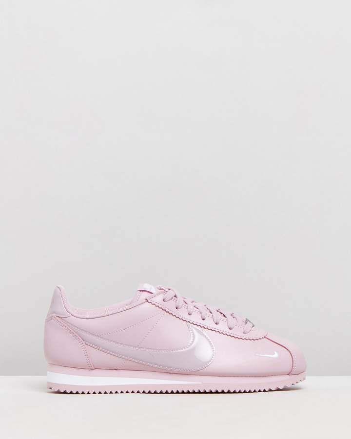 premium selection 342ca e873e Nike Cortez - ShopStyle Australia