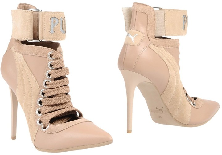 competitive price 8400a f9122 Ankle boots