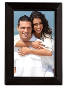 """Lawrence Frames Black Wood Picture Frame - Estero Collection - 4"""" x 6"""""""