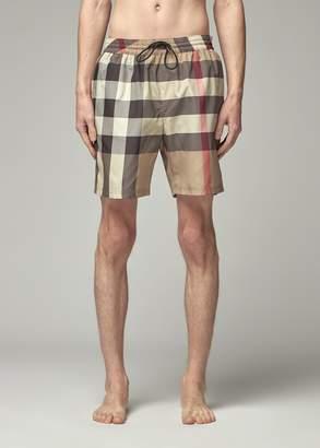 Burberry Men's Swim Short in Archive Beige Ip Check Size Medium 100% Polyester
