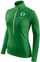 Nike Women's Oregon Ducks Pro Hyperwarm Pullover