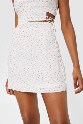Nasty Gal Womens Working Cherry Hard High-Waisted Mini Skirt - White - 14
