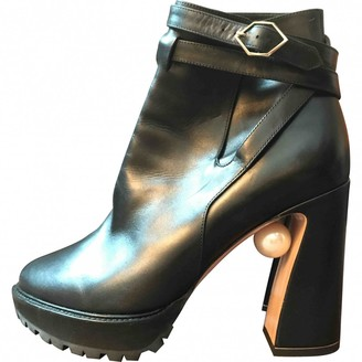 Nicholas Kirkwood Black Leather Ankle boots