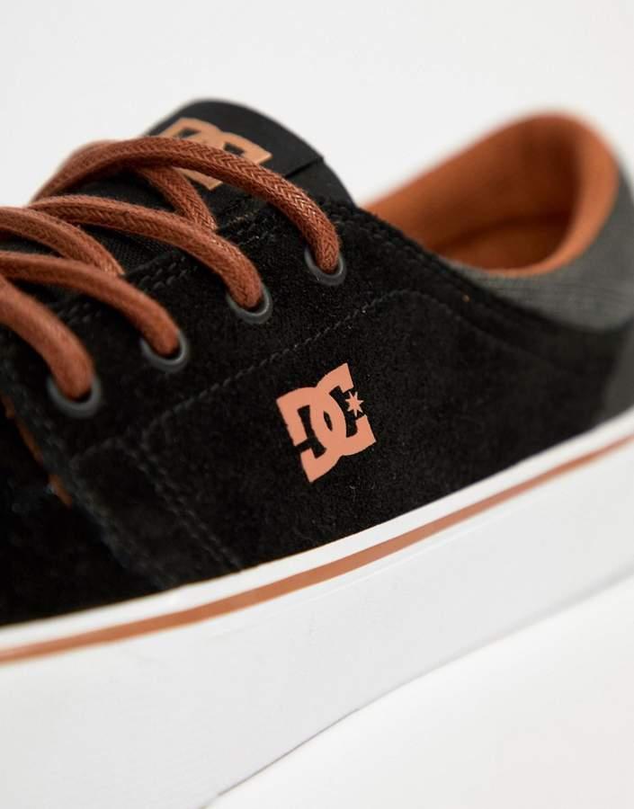 DC Trase SE Sneakers In Black