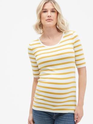 Gap Maternity Modern Scoopneck T-Shirt