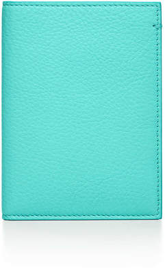Tiffany & Co. & Co. Passport cover in Blue grain calfskin leather