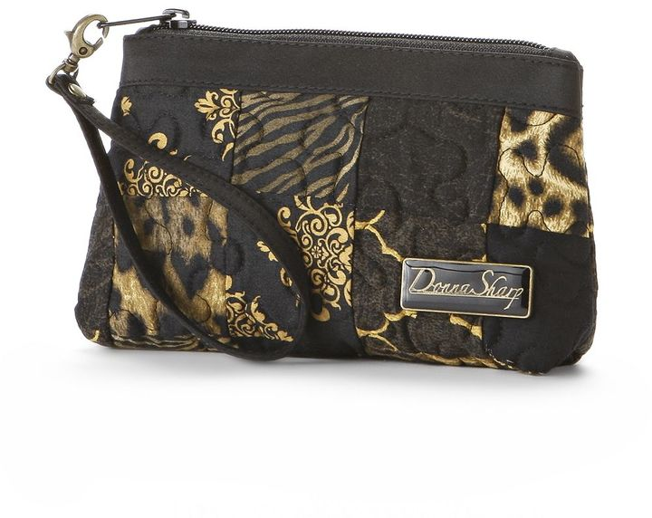 Donna Sharp animal quilted wristlet