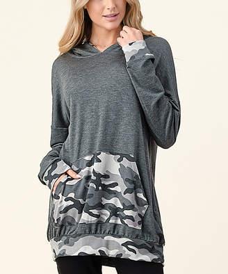 Blumin Women's Sweatshirts and Hoodies Charcoal - Charcoal & White Camo Kangaroo-Pocket Hoodie - Women