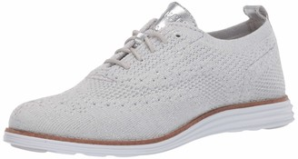 Cole Haan Women's Originalgrand Stitchlite Wingtip Oxford Silver Knit Metallic/Optic White 5 (UK)