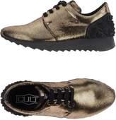Cult Low-tops & sneakers - Item 11218990