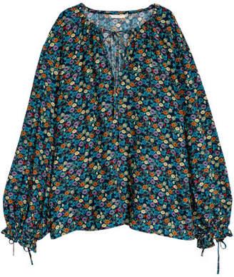 H&M Wide blouse