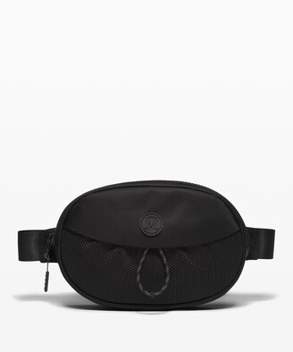 Lululemon Take It On Belt Bag *1L