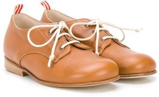 Pépé Low-Heel Lace-Up Shoes
