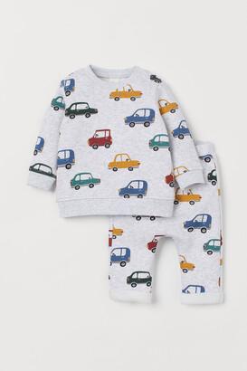 H&M Sweatshirt and Pants