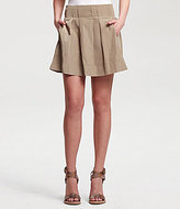 New York Nastassya Pleated Skirt