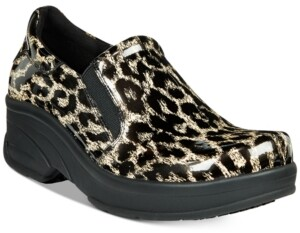 Easy Street Shoes Easy Works by Appreciate Slip-on Clogs Women's Shoes
