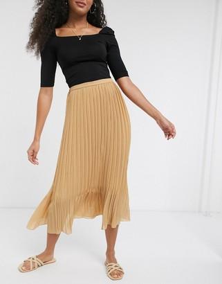 New Look chiffon pleated midi skirt in camel