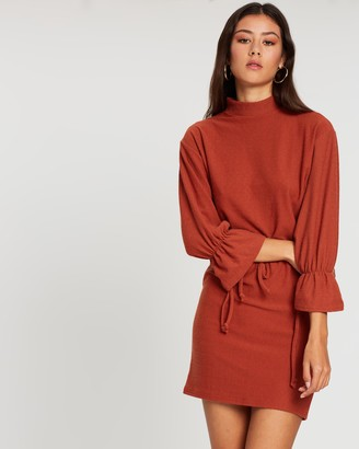 boohoo Funnel Neck Tie Sleeve Detail Shift Dress