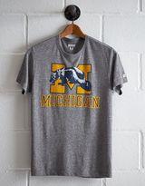 Tailgate Men's Michigan Wolverine T-Shirt