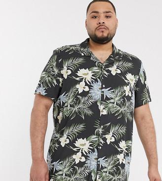 ASOS DESIGN Plus revere collar regular hawaiian shirt in black
