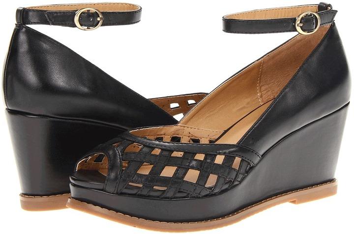 Miz Mooz Lavern (Black) - Footwear