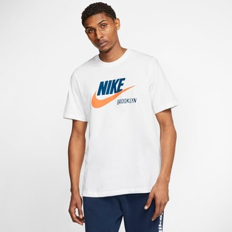 Nike Men's Sportswear Brooklyn Template T-Shirt