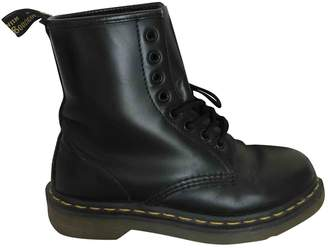 Dr. Martens 1460 Pascal (8 eye) Black Leather Boots