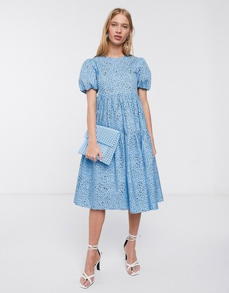 Glamorous midi smock dress with tiered skirt and volume sleeves in floral