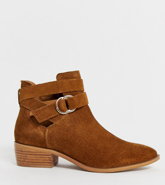 Simply Be wide fit Dina ankle boots with buckle detail in brown suede