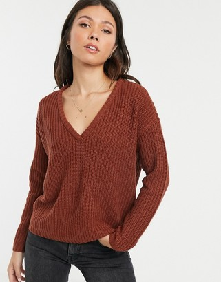 JDY knitted v-neck jumper-Brown