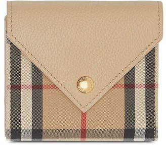 Burberry Vintage Check folding wallet
