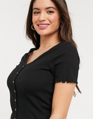 New Look button down lettuce edge tee in black