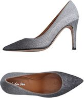 Julie Dee Pumps