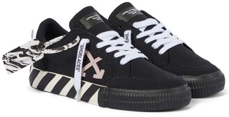 Off-White Exclusive to Mytheresa Arrow 2.0 canvas sneakers