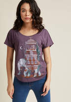 ModCloth Trunk of Treasures Graphic Tee in XL - Short Sleeve Regular Waist