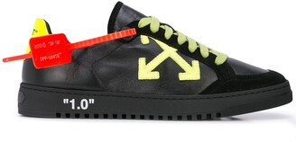 Off-White Off White arrow security tag sneakers