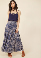 Comfortable Classic Maxi Skirt in Blossom in XL